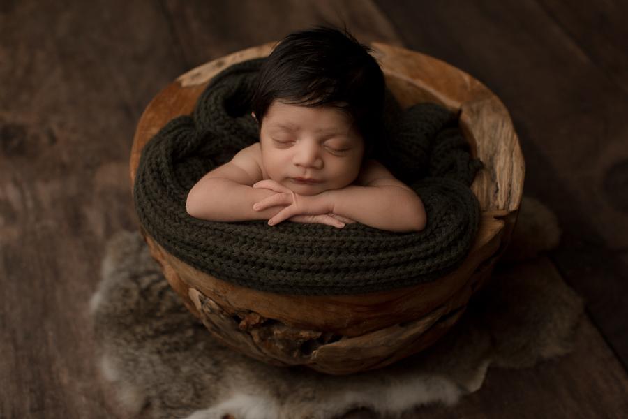 Tacoma newborn photographer