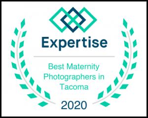 Tacoma's best maternity photographer